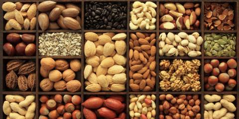 Nuts and Seeds Help Weight Loss