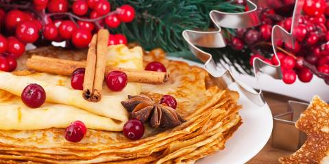 Winter gingerbread breakfast pancakes.