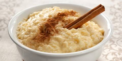 Bowl of Caramel rice pudding.