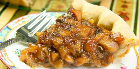 Vegetarian mincemeat holiday pie