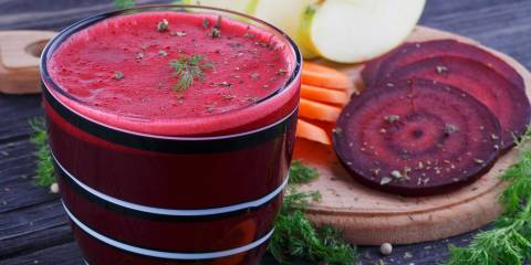 Detox juice made from carrots, beets, and apples