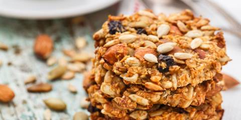 oatmeal cookies with seeds and fruit