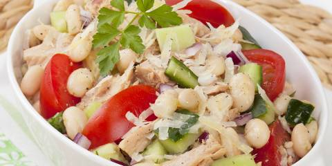A dish of Tuna and White Bean Salad