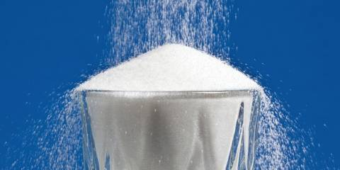Sugar pouring