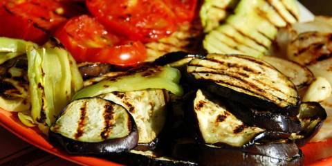 Grilled tomatoes, squash and tomatoes