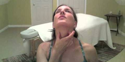 Embedded thumbnail for Stretches to Ease Neck and Shoulder Pain