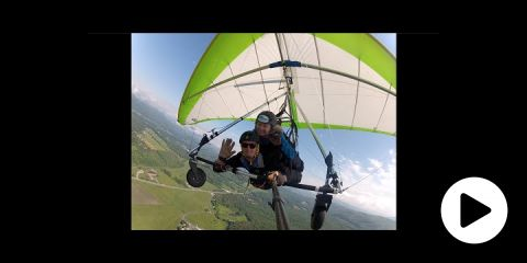 Embedded thumbnail for Crushing Hang Gliding