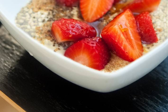 gluten-free porridge with berries and nuts
