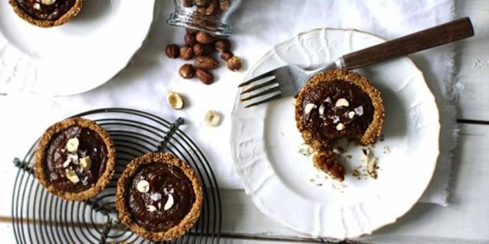Gluten Free Spiced and Salted Pumpkin Pie Minis.