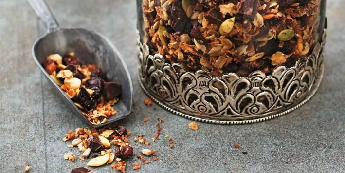 Roasted Raw Chocolate Granola
