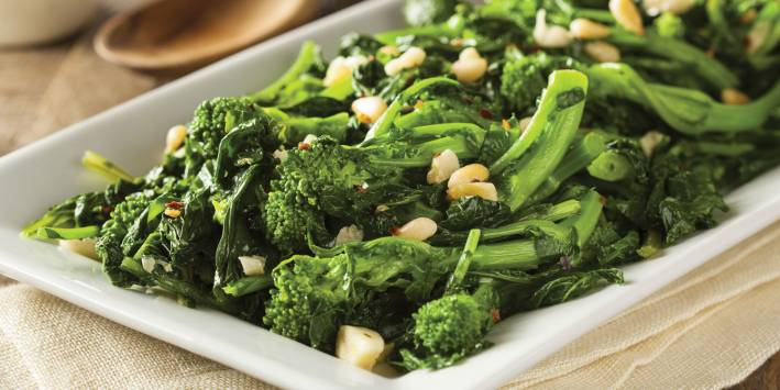 A dish of sprouting broccoli with spicy seasoning