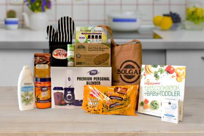 Tools for your kitchen and a selection of natural products to enjoy