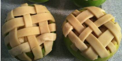 Lowfat individual apple pies in their own shell