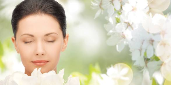 Aromatherapy May Ease Allergies