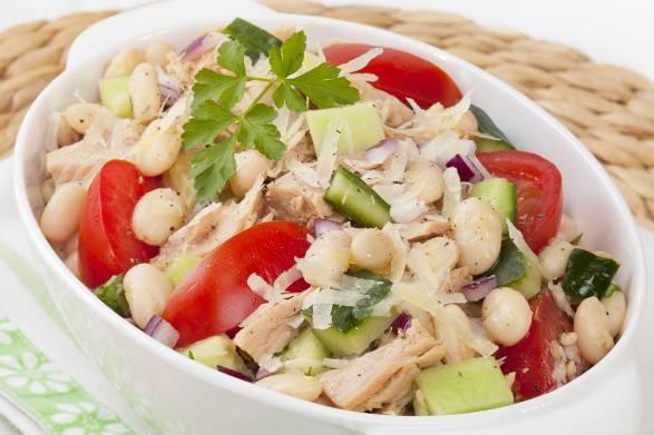 A dish of Tuna and White Bean Salad